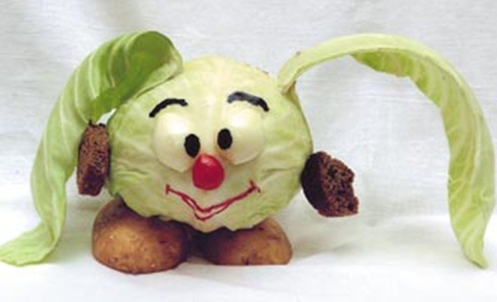Поделка смешарик из капусты